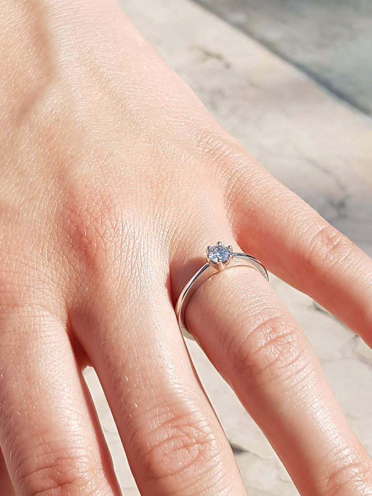 diamantring-1-stein-weiss-21diamonds